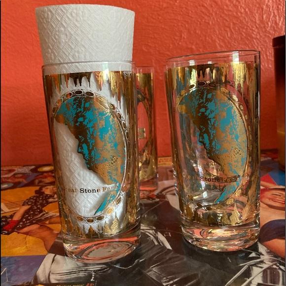 Vintage 7 Caves Ohio Souvenir Glasses, Set of 4